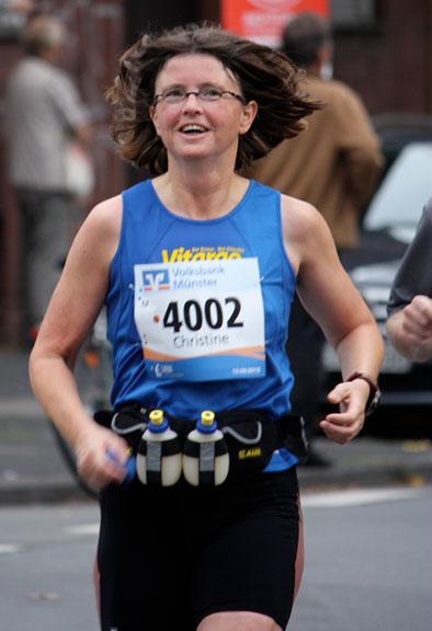 Christine vom Vitargo Team beim Hamburg Marathon 2011