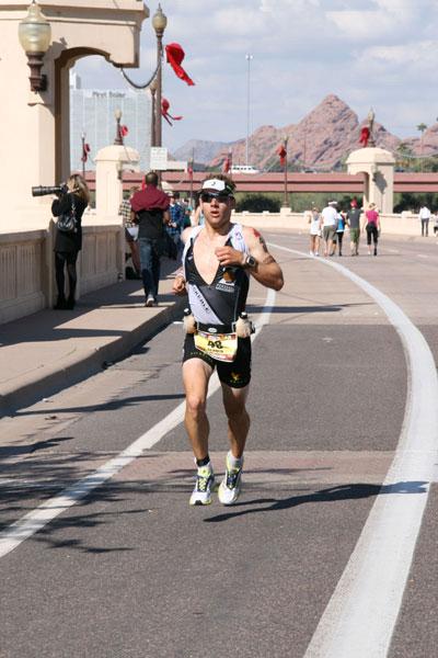 Vitargosportler Stefan Schmid erfolgreich beim Ironman Arizona