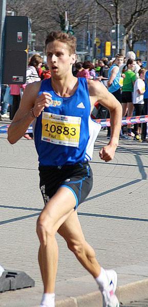 Vitargo Sportler Paul Schmidt erfolgreich beim Citylauf Dresden 2012