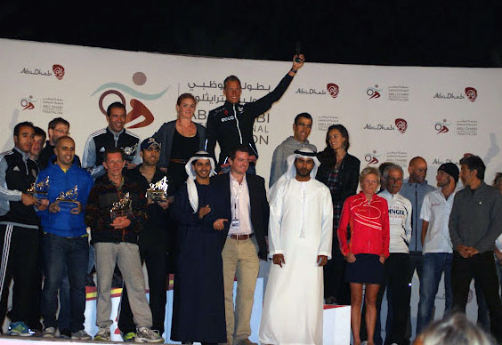 Rolf Basse mit Vitargo beim Abu Dabi Triathlon