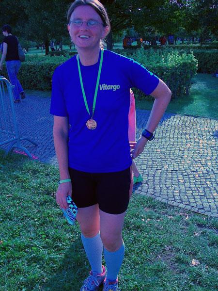 Christine nach einem erfolgreichen Finish beim Münster Marathon 2009