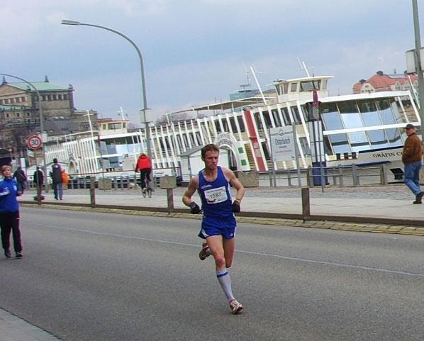 Marc Schulze Dresden City Lauf vom Team RunningPower